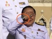 Phó Thủ tướng Thái Lan mượn đồng hồ xài rồi  quên  trả?