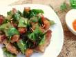 Thịt cuộn lá mắc mật chiên giòn giòn mềm, thơm phức càng ăn càng mê