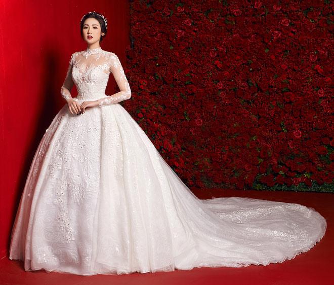 """""""Bạn gái Noo Phước Thịnh"""" mặc váy cưới 3 tỷ đồng - 3"""