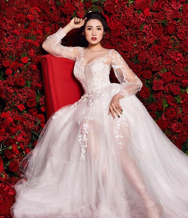 """""""Bạn gái Noo Phước Thịnh"""" mặc váy cưới 3 tỷ đồng - 6"""