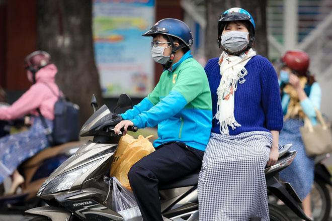 Người Sài Gòn co ro trong gió lạnh - 5