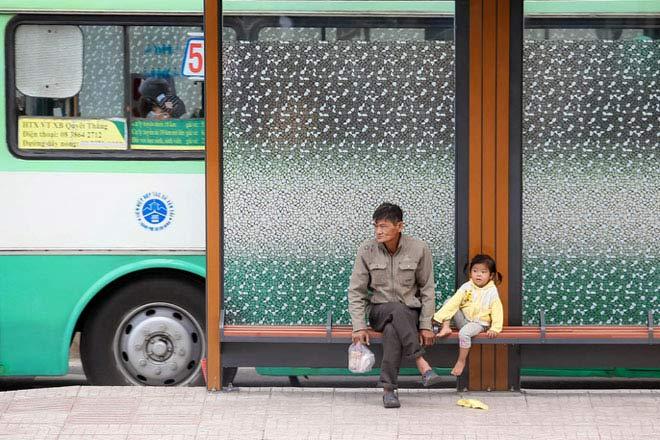 Người Sài Gòn co ro trong gió lạnh - 7