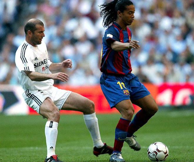 "Xavi - Davids đấu Beckham - Figo: Dấu chấm hết cho ""Galacticos 1.0"" - 1"
