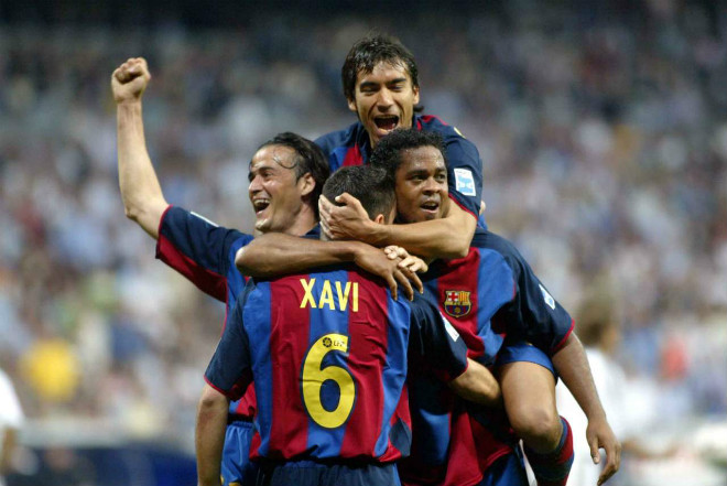 "Xavi - Davids đấu Beckham - Figo: Dấu chấm hết cho ""Galacticos 1.0"" - 3"