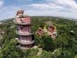 Kỳ lạ ngôi đền toàn rồng bao quanh ở Thái Lan