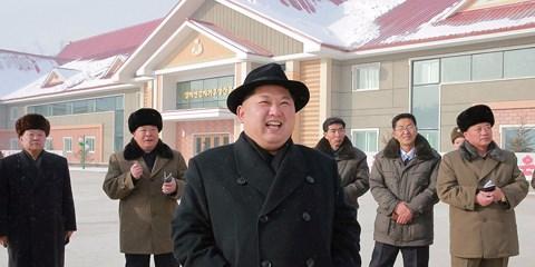 """Mỹ có kế hoạch """"đấm vỡ mũi"""" Triều Tiên? - 1"""