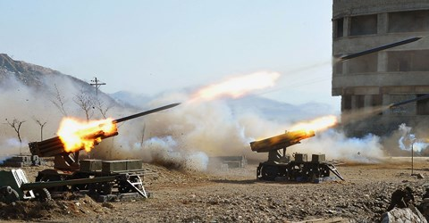 """Mỹ có kế hoạch """"đấm vỡ mũi"""" Triều Tiên? - 2"""