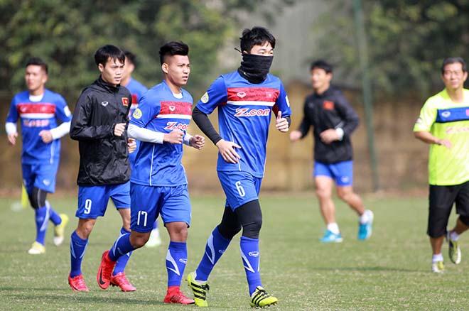 """U23 Việt Nam """"luyện công"""": Công Phượng, """"Thánh lốp"""" Đức Chinh vắng mặt bí ẩn - 1"""