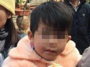 Tin tức trong ngày - Bé gái 2 tuổi bị bỏ rơi trước cửa chùa giữa trời giá lạnh
