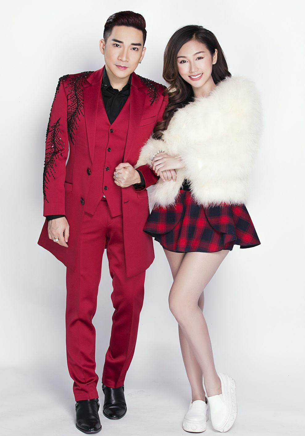 Nữ DJ mặc mát mẻ đón Giáng sinh bên ca sĩ Quang Hà - 1