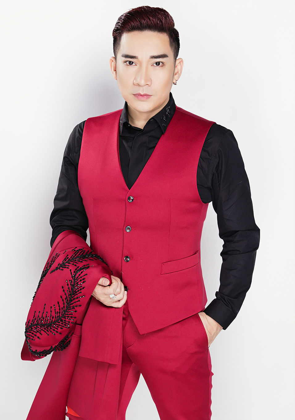 Nữ DJ mặc mát mẻ đón Giáng sinh bên ca sĩ Quang Hà - 8