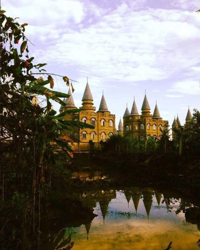 Giới trẻ Việt xôn xao với trường học phù thủy Hogwarts ngay tại Việt Nam - 11