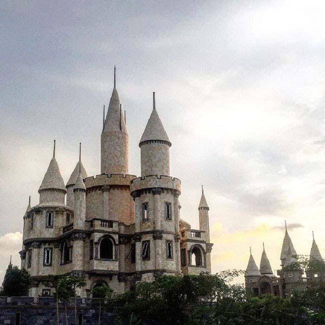 Giới trẻ Việt xôn xao với trường học phù thủy Hogwarts ngay tại Việt Nam - 7