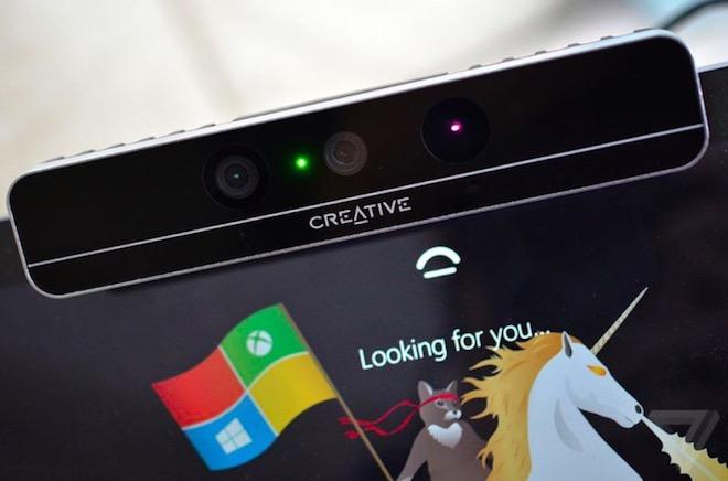 """""""Face ID"""" của Windows 10 bị bẻ khóa đơn giản không ngờ - 1"""