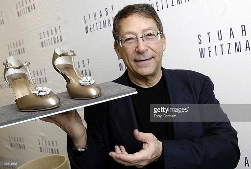 Đôi giày hoa hồng trị giá 22,8 tỷ đồng – niềm khát khao của mọi phụ nữ - 2