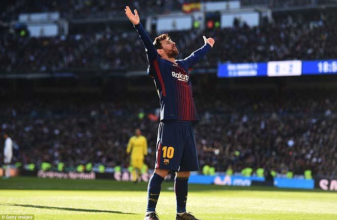 Messi đi tất hạ Real: Từ chân không giày đến... Giày vàng, Bóng vàng - 1