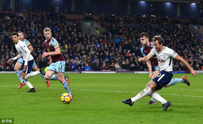 Burnley - Tottenham: Kỷ lục siêu sao, đại tiệc ngây ngất - 1