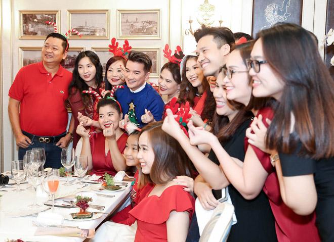 Mr. Đàm đón Giáng sinh trên du thuyền triệu đô - 6