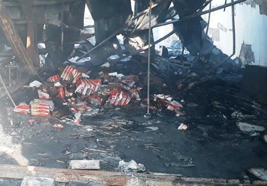 Vụ cháy công ty bánh kẹo: Tìm thấy thêm 2 thi thể cháy đen - 6
