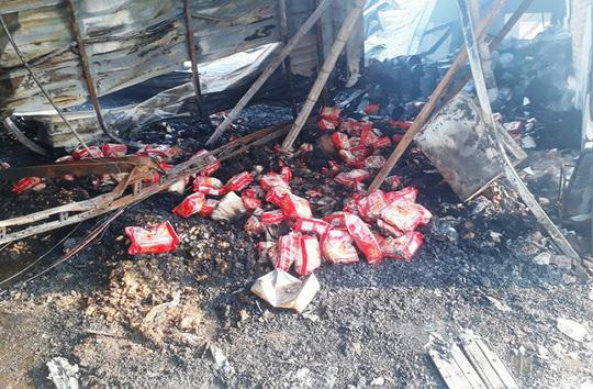 Vụ cháy công ty bánh kẹo: Tìm thấy thêm 2 thi thể cháy đen - 7