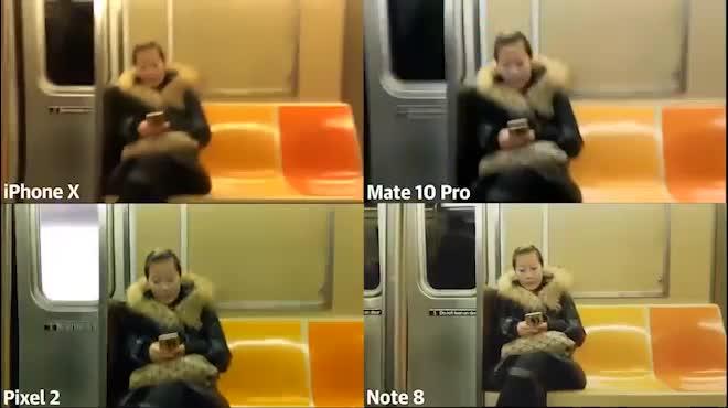 """Camera iPhone X rung như """"động đất"""", """"ê chề"""" trước Galaxy Note8"""