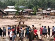 Bão cuốn cô gái Philippines trôi 900km ra biển