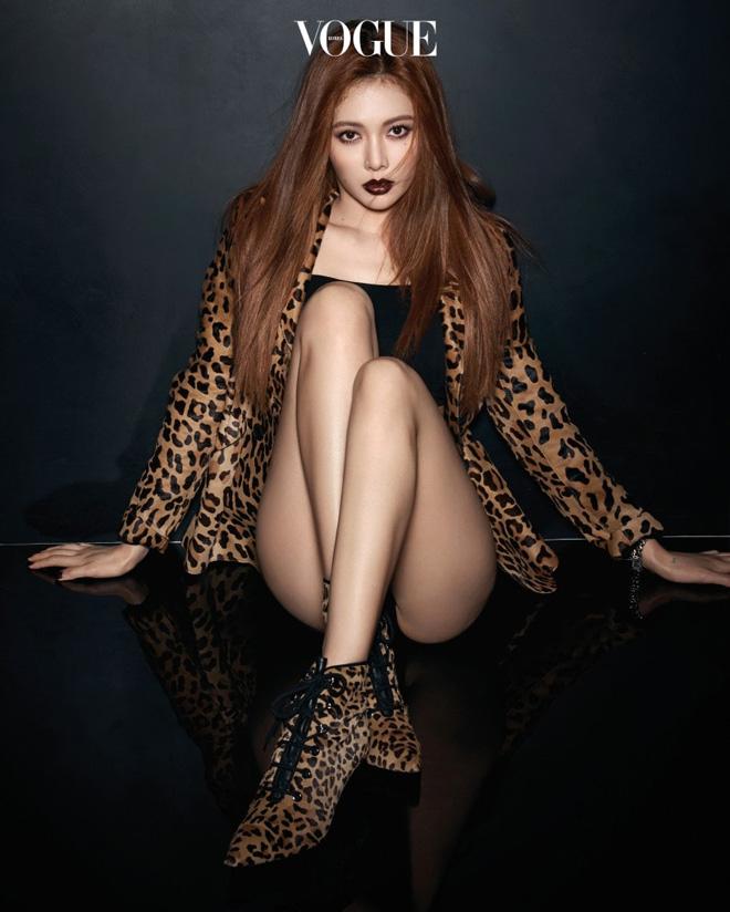 """4 người đẹp xứng danh """"nữ vương sexy"""" cụm từ bỏ K-Pop 2017 - 11"""