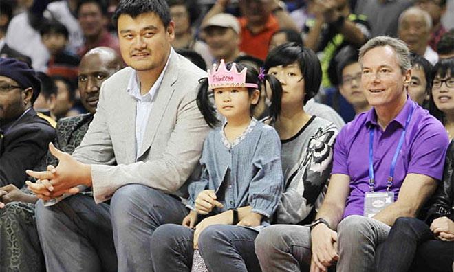 Gái rượu siêu sao Trung Quốc 2m29, 7 tuổi cao như người mẫu - 4