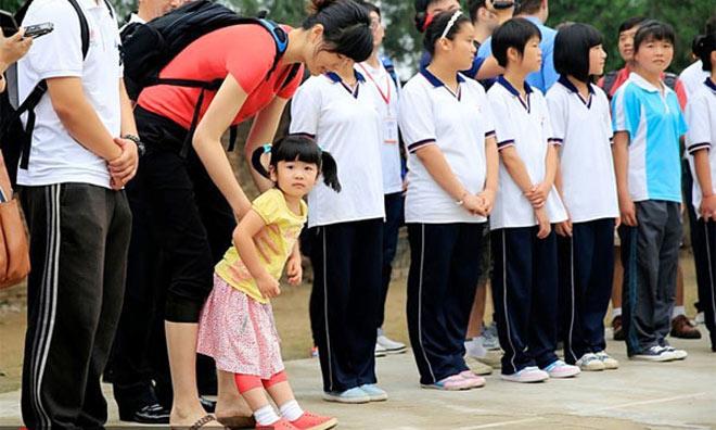 Gái rượu siêu sao Trung Quốc 2m29, 7 tuổi cao như người mẫu - 2