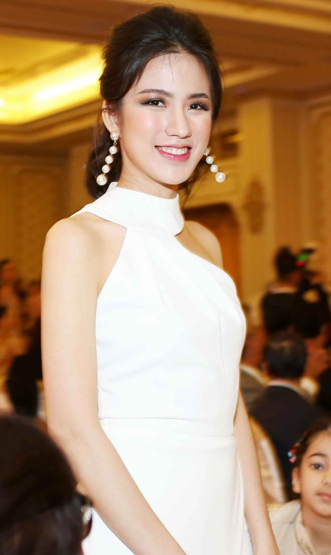 Bật mí cô gái đương đặt ái mộ nhất ở Hoa hậu hĩ Hoàn vũ VN - 14