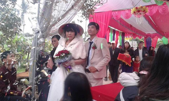 Đám cưới dậy sóng xứ Thanh: Cô dâu tằm lớn hơn chua rể 22 giai đoạn - 2