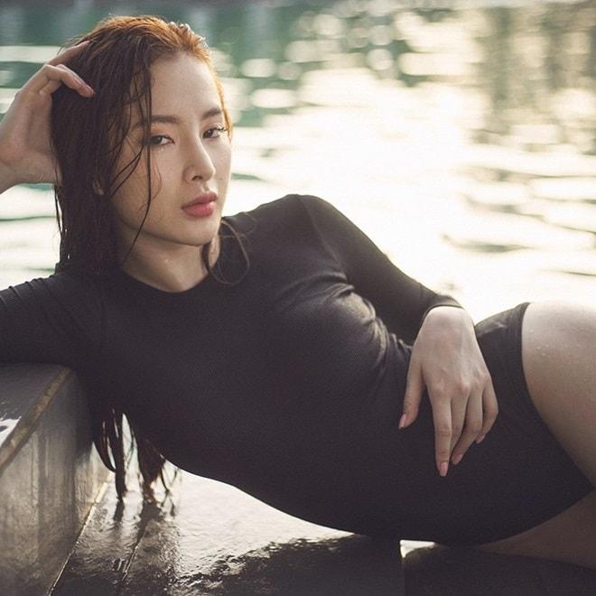 """Áo tắm thì thượng suy tôn thân ảnh """"bom sex"""" ngữ Angela Phương Trinh - 13"""