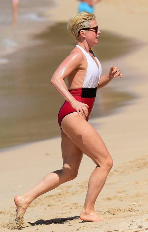 Nhờ kiêng thứ nào, bầm U60 kệ bikini chẳng thua gì con gái 20 - 7