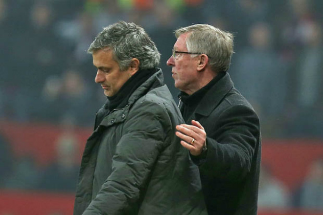 """MU – Mourinho sẽ tỏa sáng: Sir Alex Ferguson ủng hộ """"dựng ô tô buýt"""" - 2"""