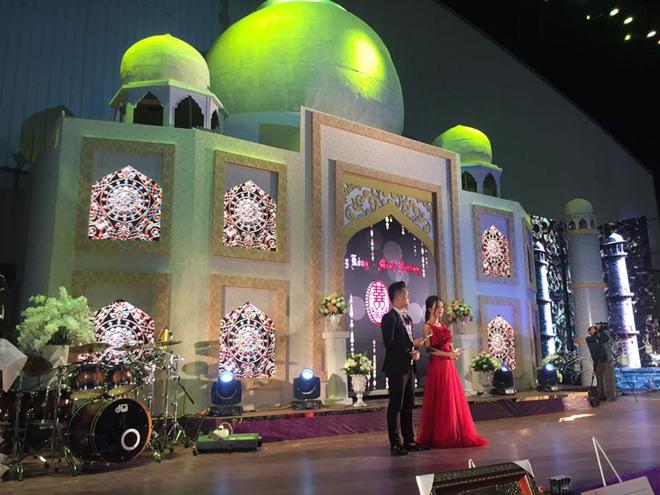 """Ca sĩ ca đám cưới 10 tỷ cho đại gia Bắc Ninh trần ái tình lý do """"hét cát-xê"""" - 3"""