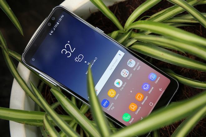 Samsung Galaxy A8: Điện thoại có camera selfie cặp xóa nền mờ mịt - 3