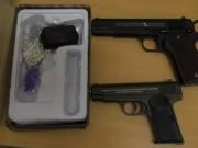 An ninh Xã hội - Phát hiện 2 khẩu súng tại nhà đối tượng mua bán ma túy đá
