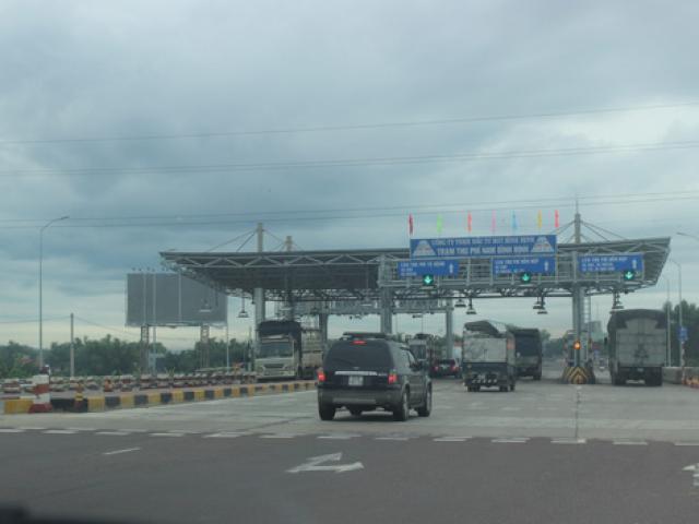 """Bộ GTVT """"lật kèo"""" thỏa thuận giảm giá vé BOT Nam Bình Định?"""