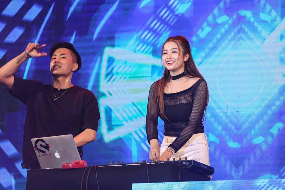 DJ nhởi lạc đêm giao dư: Trang Moon bay cỗ đi diễn, Oxy bị khán giả tảng chắn đàng - 9