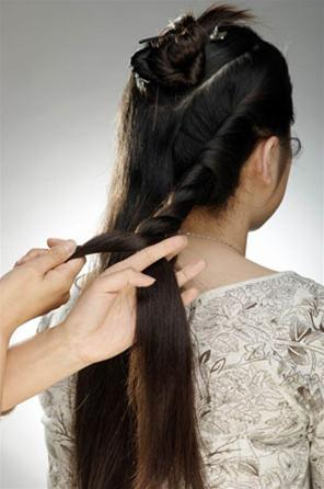 Các kiểu búi tóc hiện đại - 5