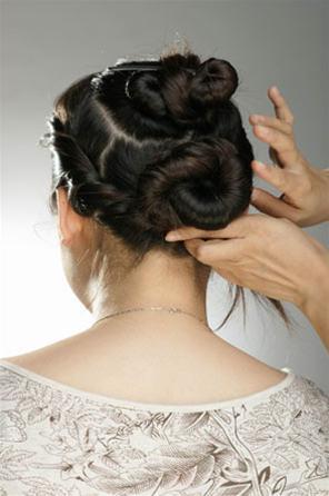 Các kiểu búi tóc hiện đại - 6