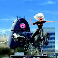 Phim mới: Quái vật ác chiến người ngoài hành tinh