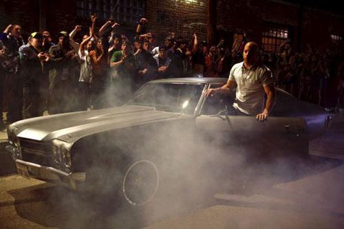 Trailer phim: Fast & Furious (Quá nhanh, quá nguy hiểm) - 2