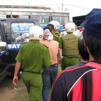 Khởi tố vụ án CĐV gây rối tại Nghệ An