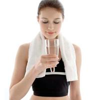 Lợi ích thiết thực từ uống đủ nước