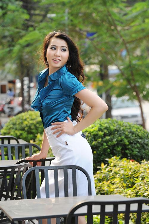 Thời trang Lihan - Quý cô xinh đẹp nơi công sở - 1