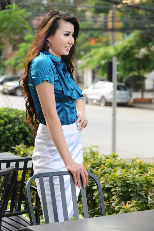 Thời trang Lihan - Quý cô xinh đẹp nơi công sở - 2
