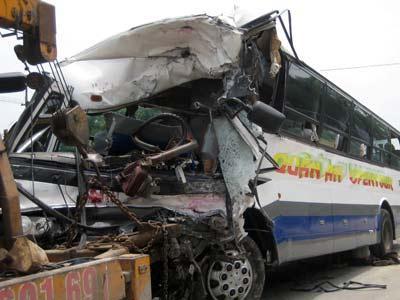 Hà Tĩnh: Tai nạn kinh hoàng - 6