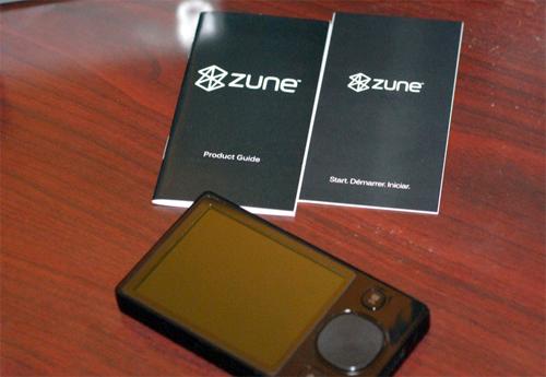 """""""Đập hộp"""" Zune 120 GB - 5"""