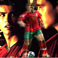 """Video C.Ronaldo biểu diễn kỹ thuật với """"cục đá"""""""